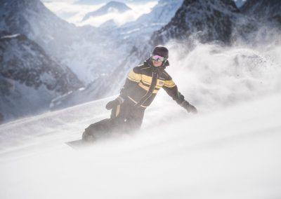 Alpin Schischule Neustift - Privat Snowboardkurse am Stubaier Gletscher