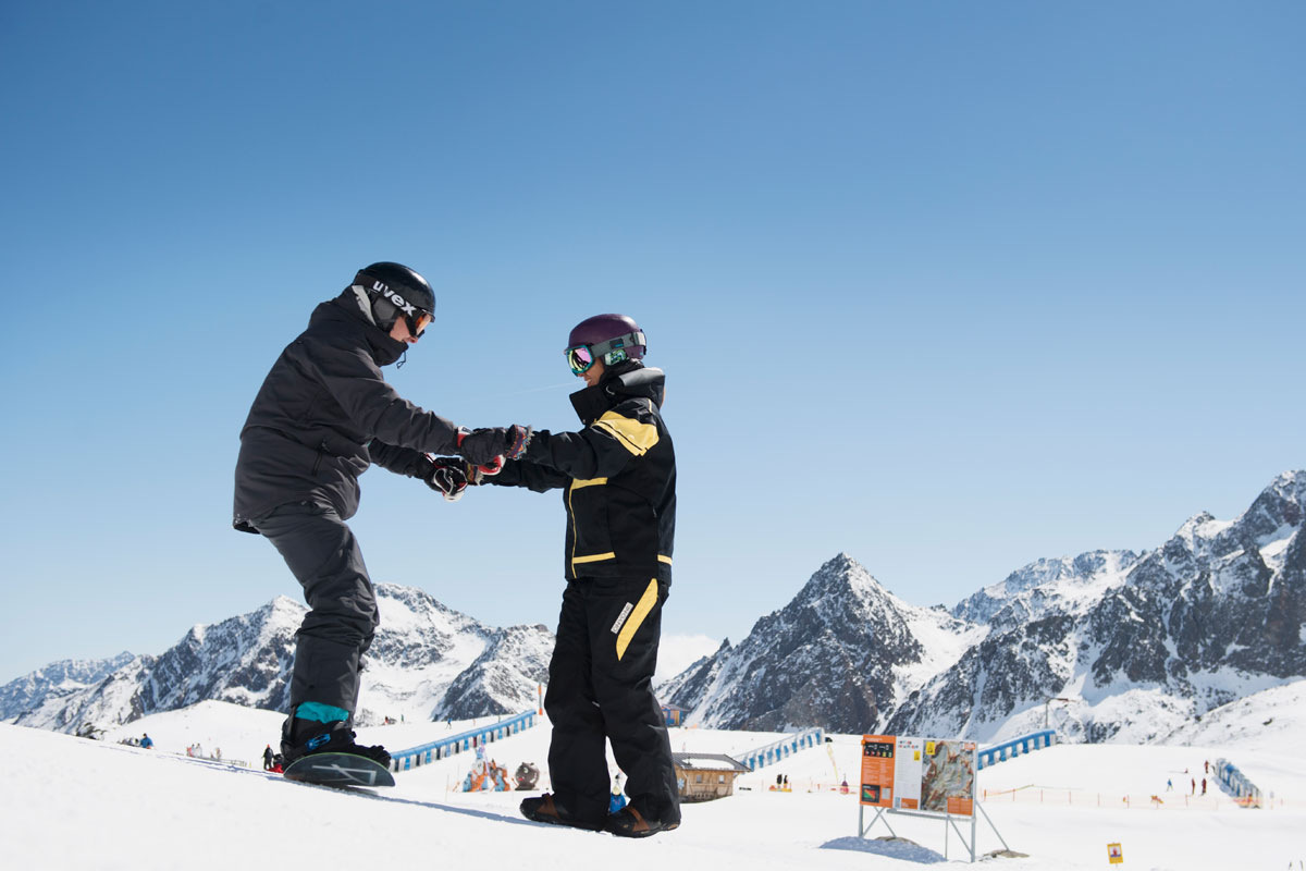 Private snowboard courses in stubai