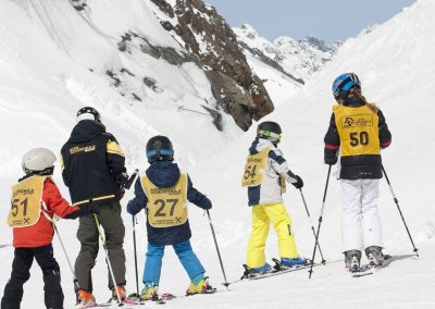 ALPIN SKI SCHOOL NEUSTIFT - The Glacier Ski School in the Stubai valley - Children's ski courses