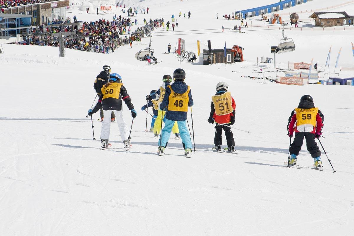 Ski courses for children in neustift-stubai valley